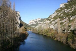 Entrada norte, Valle de valdivielso flanqueado por el Ebro